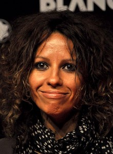 Linda_Perry_-_Flickr_-_nick_step_(1)