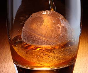 death-star-ice-cubes